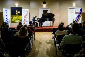 6 ANDREA BACCHETTI APRE I SALOTTI MUSICALI 2019 AL CIRCOLO CITTADINO