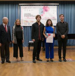 Il Trio Incendio, vincitori del 1° Premio, con da sx Bruno Giuranna e l'Avv. Eleonora Schillaci (Eleomai)